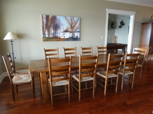 Dining area overlooking the lake